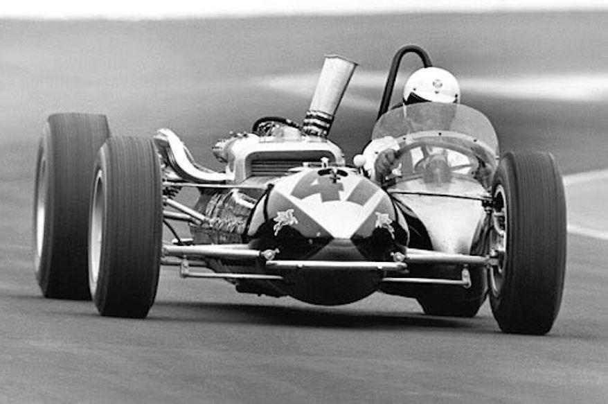 Az Indy 500 történetének legbizarrabb autója