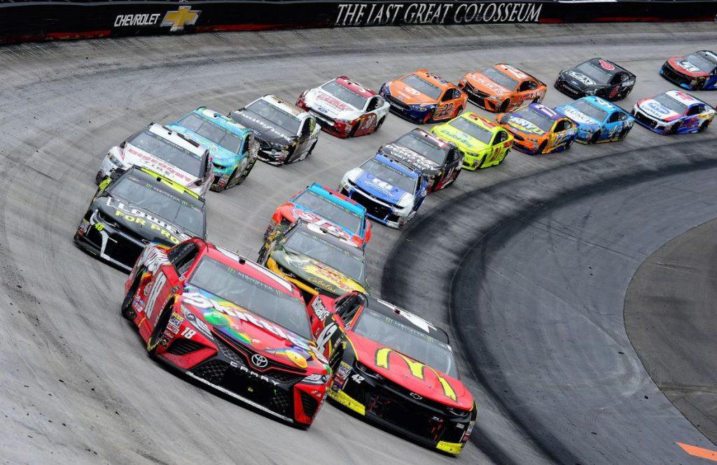 10 bizarr NASCAR-tény, amelyektől garantáltan padlót fogsz