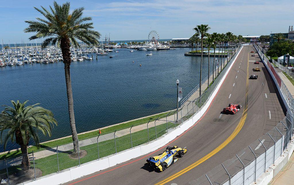 Floridában már nem büntethető a maszkviselés elutasítása, nézők előtt avathat bajnokot az IndyCar