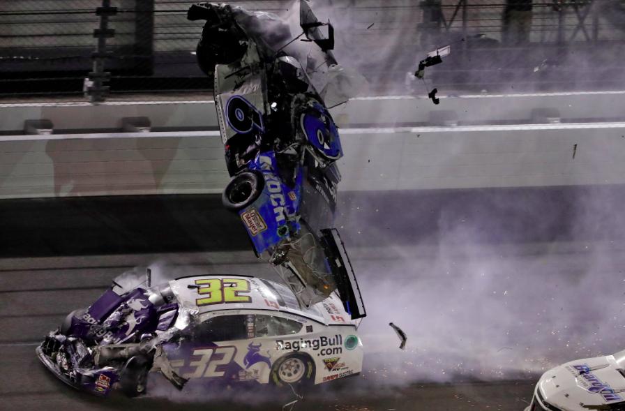 A NASCAR orvosai rábólintottak Ryan Newman visszatérésére!