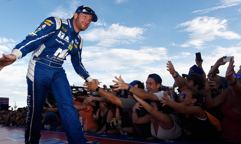 Dale Earnhardt Jr. is csatlakozik a virtuális IndyCar mezőnyéhez!