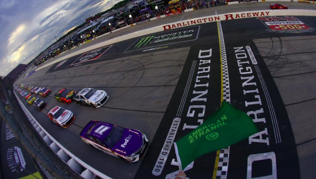 Komoly büntetésre számíthat a NASCAR-ban az, aki megszegi a járványügyi utasításokat