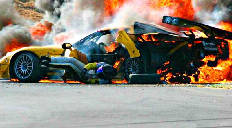 Édesapja szelleme mentette meg a tűzhaláltól Dale Earnhardt Jr.-t?