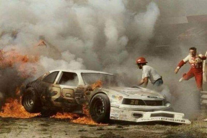 34 éves a NASCAR történetének legerőteljesebb fotója