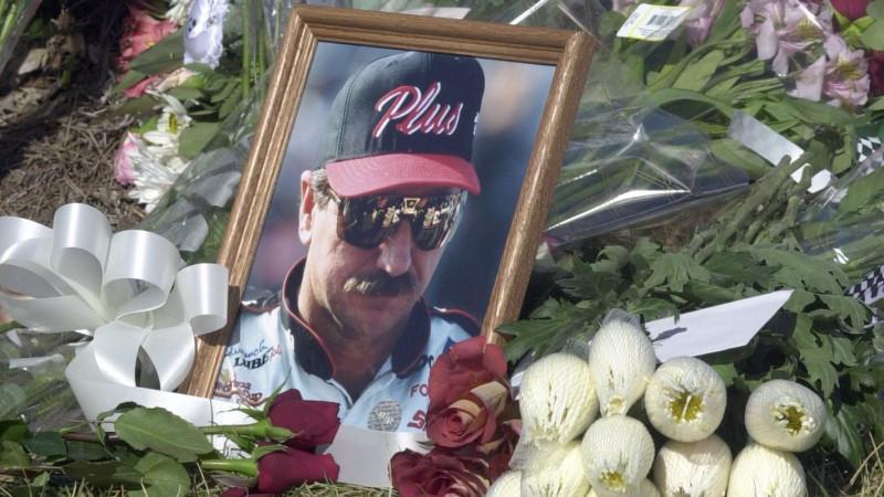 Aznap egy kicsit a NASCAR is meghalt – Dale Earnhardt tragédiájának nyomában (II.)