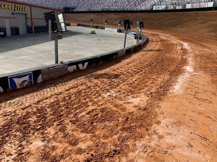 Egyre több NASCAR-pilóta adja be nevezését a Bristol Dirt Nationalsre