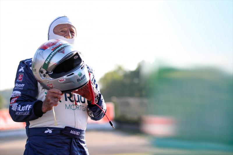 Mario Andretti: Magányos vagyok, de folytatom