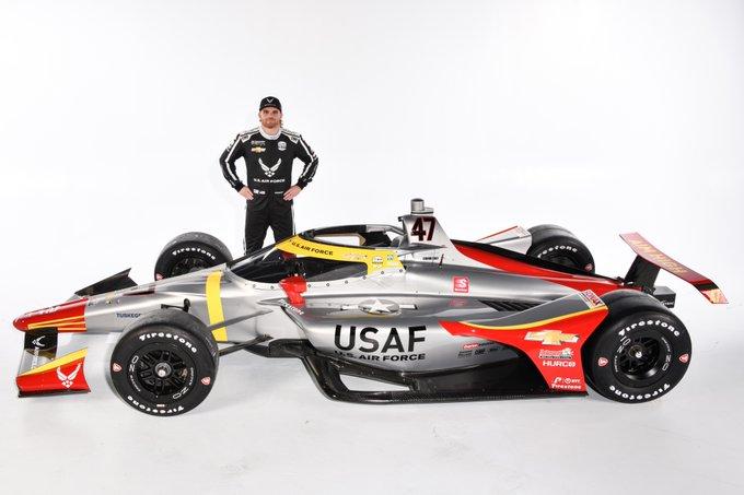 Indy 500: Afroamerikai vadászpilóták előtt tiszteleg Conor Daly