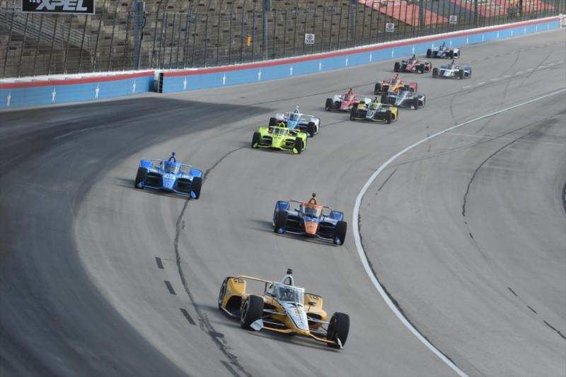 A PJ1 taccsra vágta az IndyCart Texasban, de marad, mert a NASCAR többet fizet