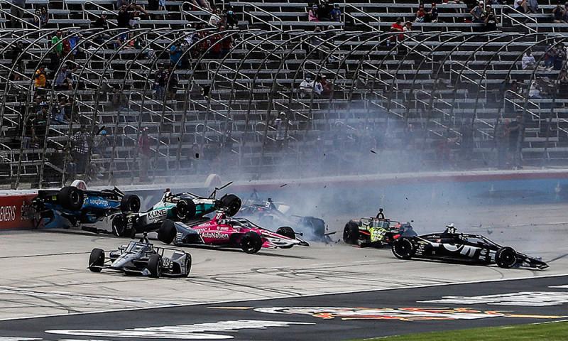 Közel 180 millió forintnak megfelelő kár érte az AJ Foyt Racinget Texasban