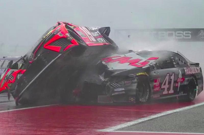 Totális katasztrófa lett a NASCAR Cup debütáló futama a COTA-n