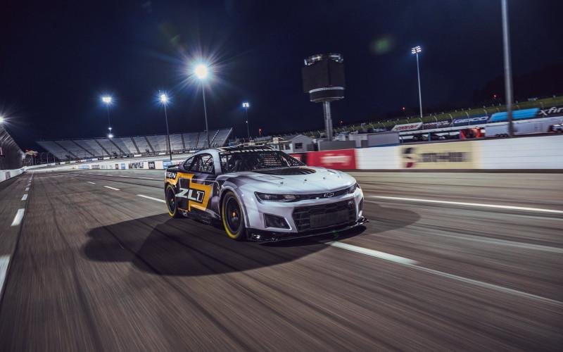 Vége a várakozásnak: Itt vannak a NASCAR következő generációs autói (GALÉRIA)