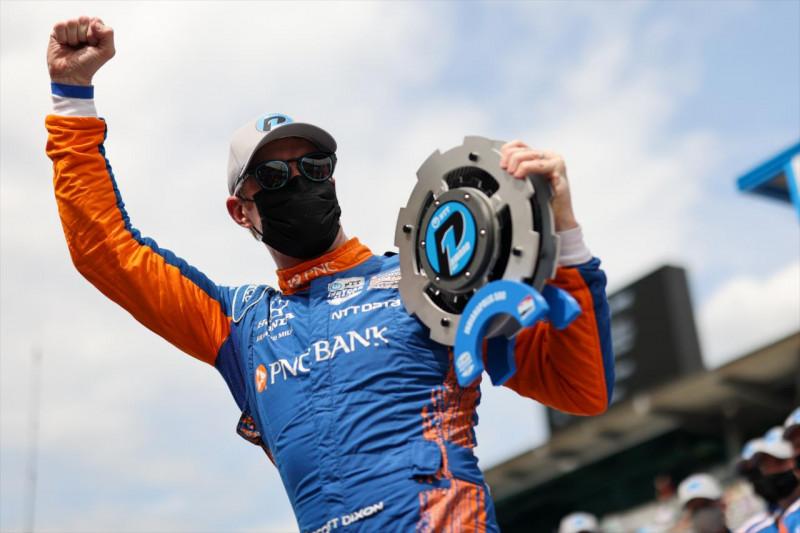 Indy 500: Dixon a pole-ban, bejutott a mezőnybe a verseny első női csapata