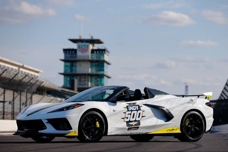 Lehullt a lepel a 105. Indy 500 hivatalos pace carjáról