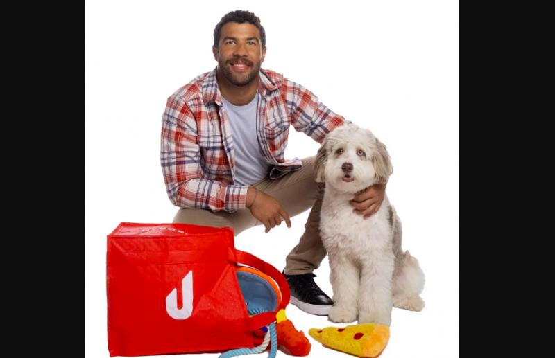 Reklámszerződést kapott Bubba Wallace kutyája