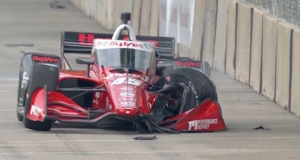 Detroit GP: Newgardené a pole, Ferrucci autót tört