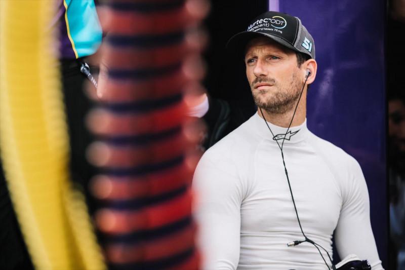 IndyCar: Grosjean az élen, Magnussen egyelőre a mezőny végén Road Americán