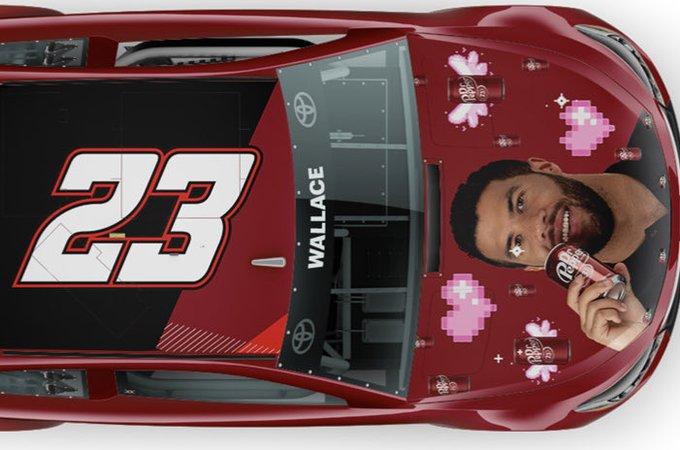 NASCAR: Saját arcképével az autóján versenyez Bubba Wallace Road Americán