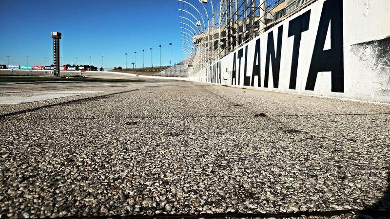 Kiárusítják az Atlanta Motor Speedway régi borítását