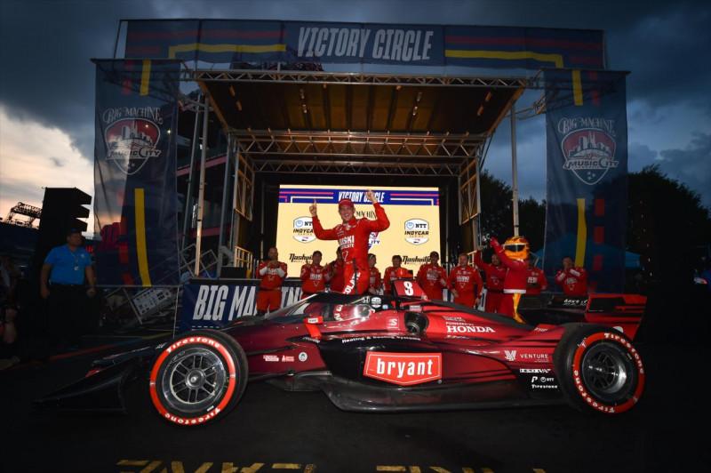 IndyCar: Éld át újra a fergeteges nashville-i verseny legjobb pillanatait!